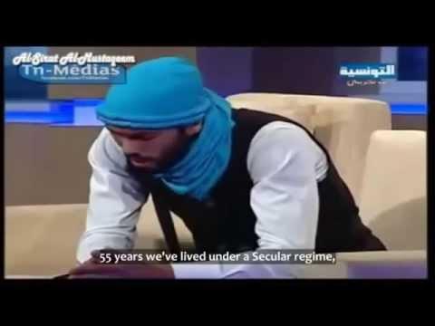 Müslüman Tunuslu genç bir kardeşimiz ilâhi söylüyor / Young Muslim Tunisian bro sings a nasheed