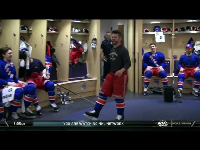 St. Louis fires up the Rangers before playoff game