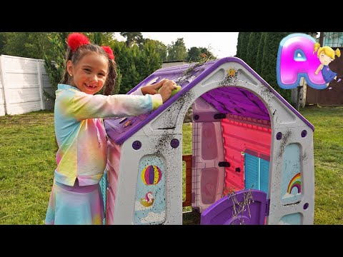 Anna and Victor Wash Playhouse with colored Toy houses