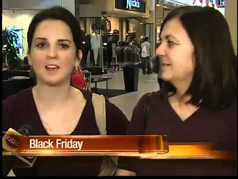 Glendale shopping center sees big Black Friday crowds