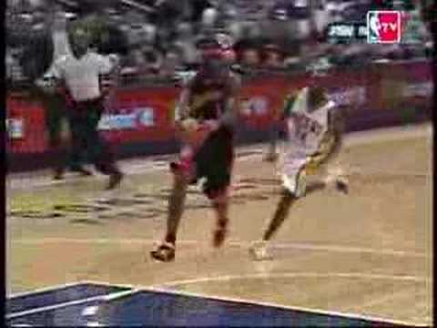 Darrel Armstrong Blocks Stephen Jackson