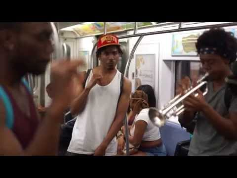 SUS.LIFE live in metro subway NYC Union Square - real music