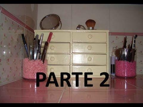 Come restaurare una vecchia cassettiera parte 1 la ce doovi - Decoupage su mobili in formica ...