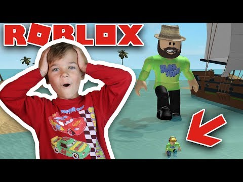 GIANT DADDY TRYING TO GET ME and EAT ME in ROBLOX BATTLE AS A GIANT BOSS