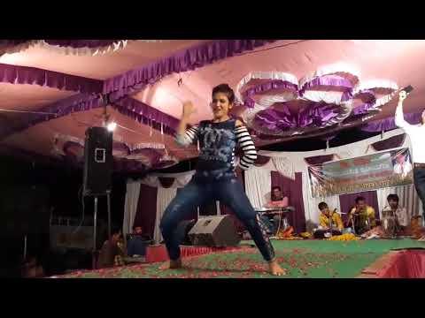 Uff kya Raat Aayi Hai Tere Ishq Me Nachenge Dance