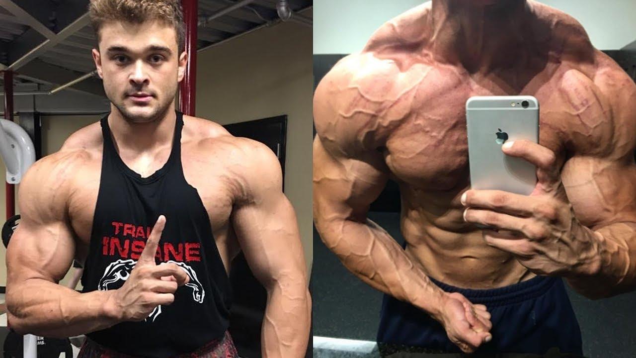 Teen bodybuilder beats up agree