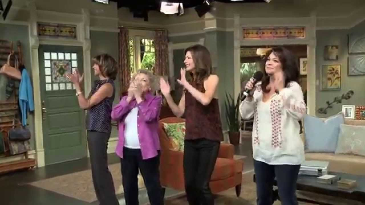 Download Betty White and the Hot in Cleveland Cast Kick Off Season 5