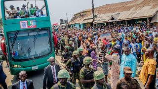 Heavy Mammoth Crowd Welcomed President Buhari Today in Ibadan, Oyo State for Presidential Campaign