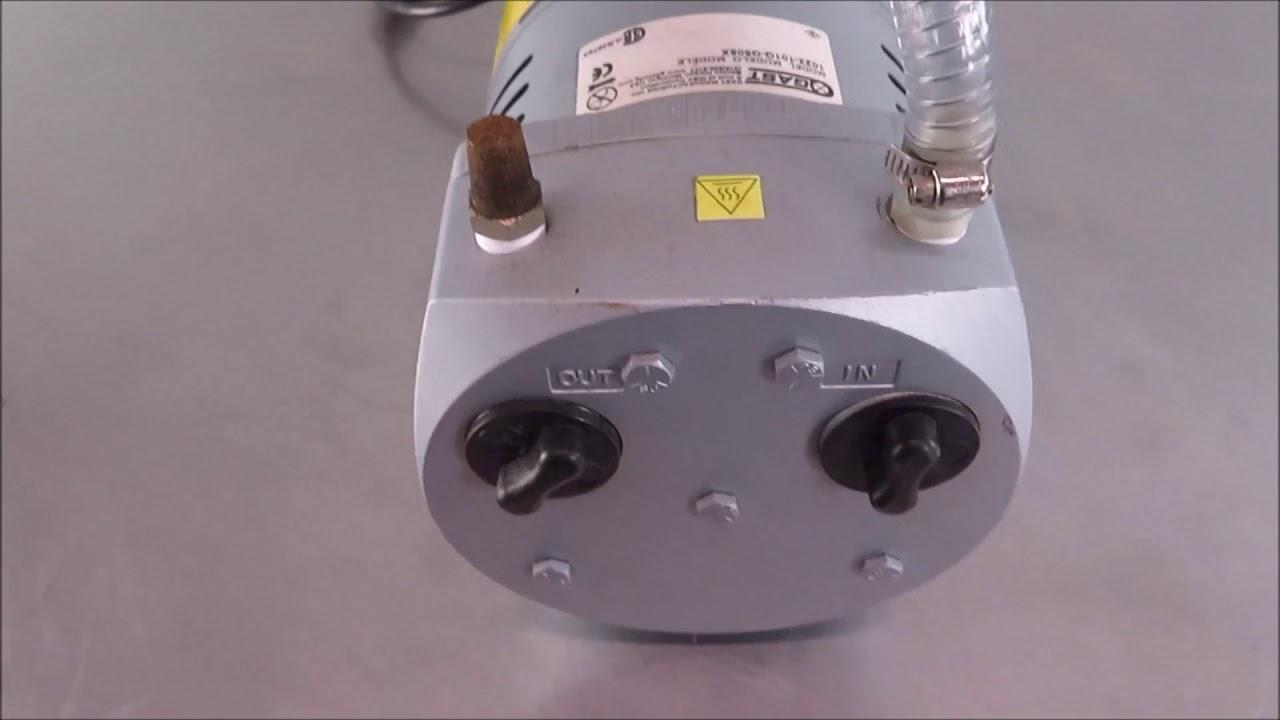 gast 1023 101q g608x rotary vane vacuum pump [ 1280 x 720 Pixel ]