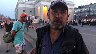Жизнь бездомных на площади трёх вокзалов
