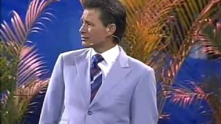 No lo entiendo pero lo creo - Pastor Cash Luna en Noches de Gloria Quito Ecuador