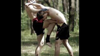 Тайский бокс Приемы - один из лучших и жестких приемов в Муай Тай(В сегодняшнем видео уроке по Тайскому боксу Приемы, я покажу вам один из моих любимых приемов, который я..., 2014-09-01T04:16:03.000Z)