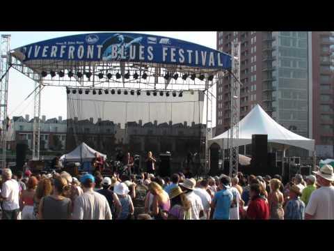 The Legendary Rhythm & Blues Revue (2010 Wilmington Riverfront Blues Festival)