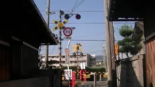 00158 JR和歌山線千旦駅の近くの西側の踏切