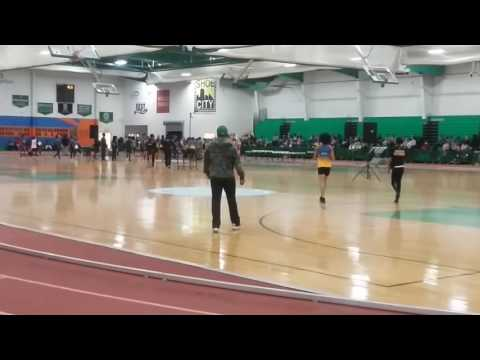 500 meter Run Indoor Track