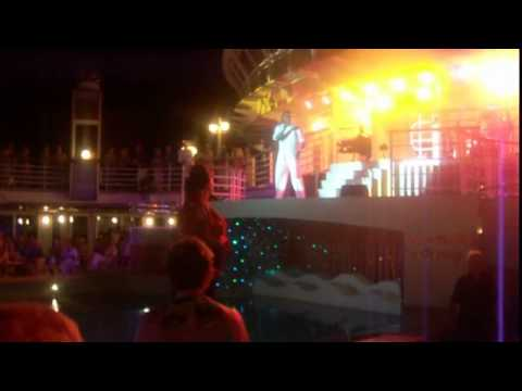 The fabulous Reggea band Changez give Deck Party on the Azura Mp3