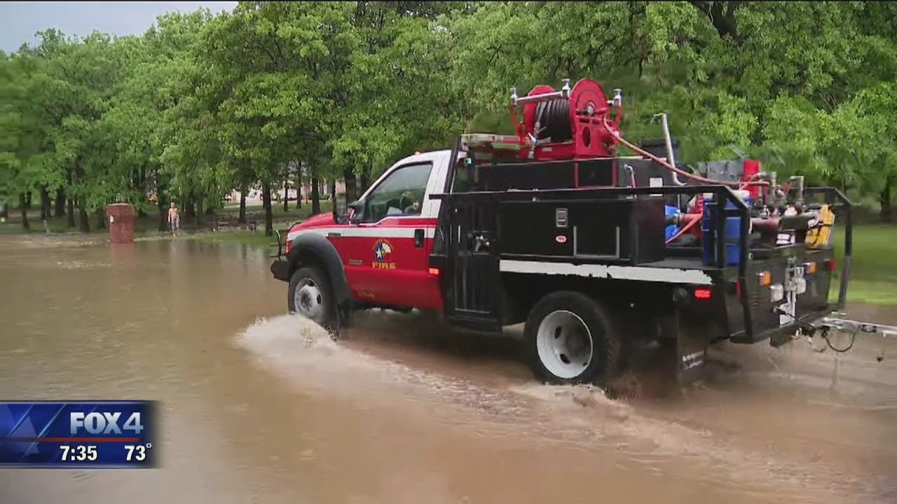 Heavy rain causes flooding across Dallas-Fort Worth; up to 8 inches ...
