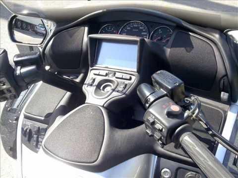 Honda Goldwing GL 1800 Music Sound Alpine Upgrade - YouTube