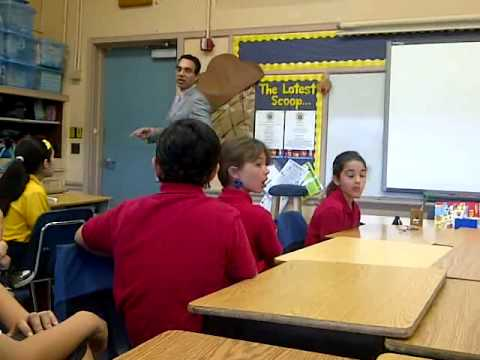 Florida Lawyer Speaks to 3rd Graders at Sunset Elementary School