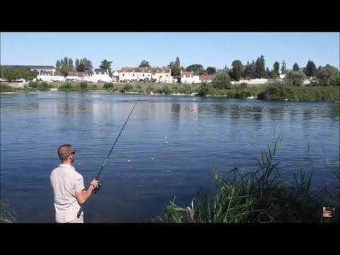Émission: Monster river in...