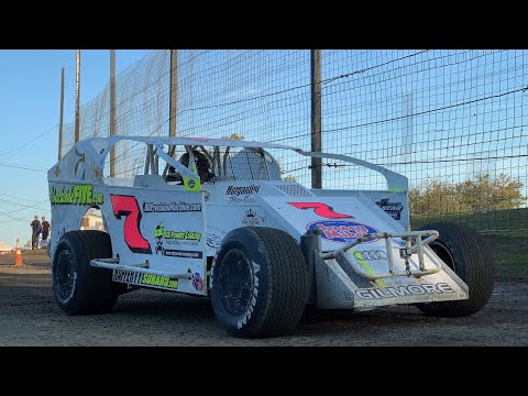 Brett Gilmore On-Board 358 Modified at Grandview Speedway October 19, 2019!