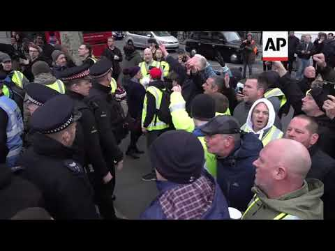 Scuffles at UK protest inspired by yellow vests