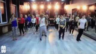 Chris Brown Feat. T-Pain   Kiss Kiss choreography by @Sasha_Putilov