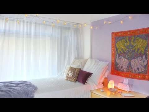 College Dorm Room Tour | UCLA