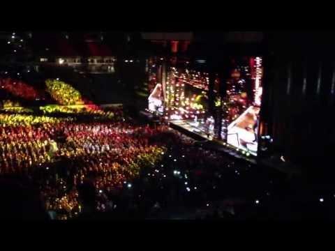 Brad Paisley - Beat This Summer CMA Fest 2013