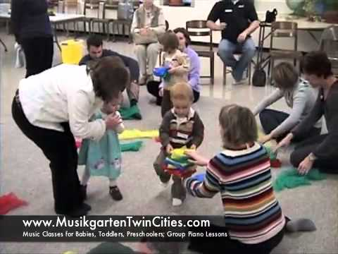 Twin Cities music classes for babies & toddlers from Brighter Minds Music