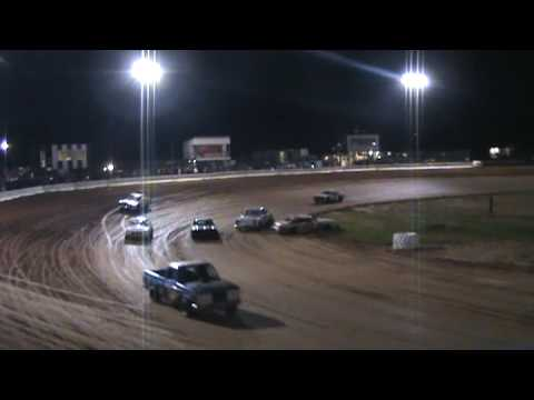 Spidey Crash B-Main 4-4-2009 Drew County Speedway Monticello AR