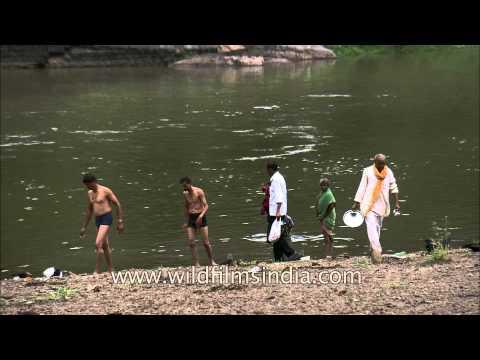 Kashi Vishweshwar Mandir on Ganpati Ghat, Wai