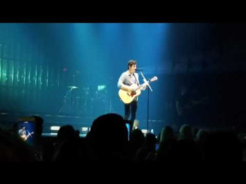 Theres Nothin Holdin Me Back - Shawn Mendes - Allstate Arena 8/3