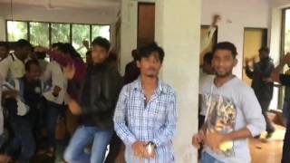 Funny dance Zingat