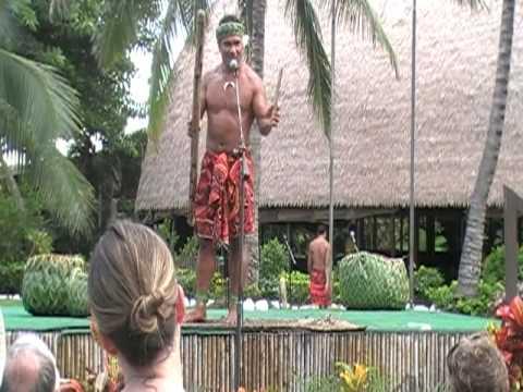Funny Guy at Polynesian Cultural Center - Hawaii (pt1)