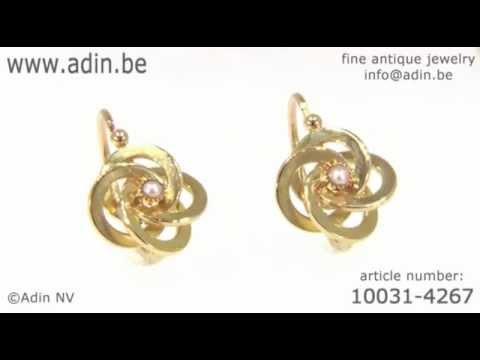 French Victorian gold knot earrings with real orient seed pearls. (Adin reference: 10031-4267)