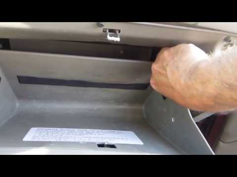how to remove replace 2008 hyundai sonata cabin air filter. Black Bedroom Furniture Sets. Home Design Ideas