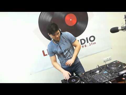 Livestudio 98 3fm@Timer Broadcasting LIVE on Justin tv 13 02 14