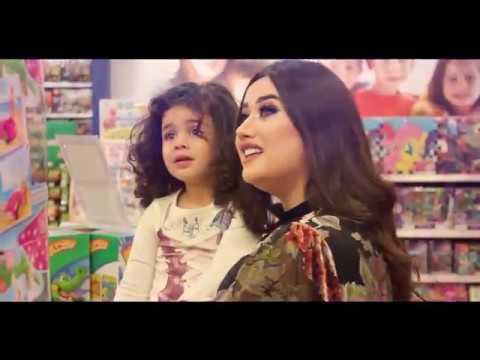 Model Zumrud və Aysel fashion video clip