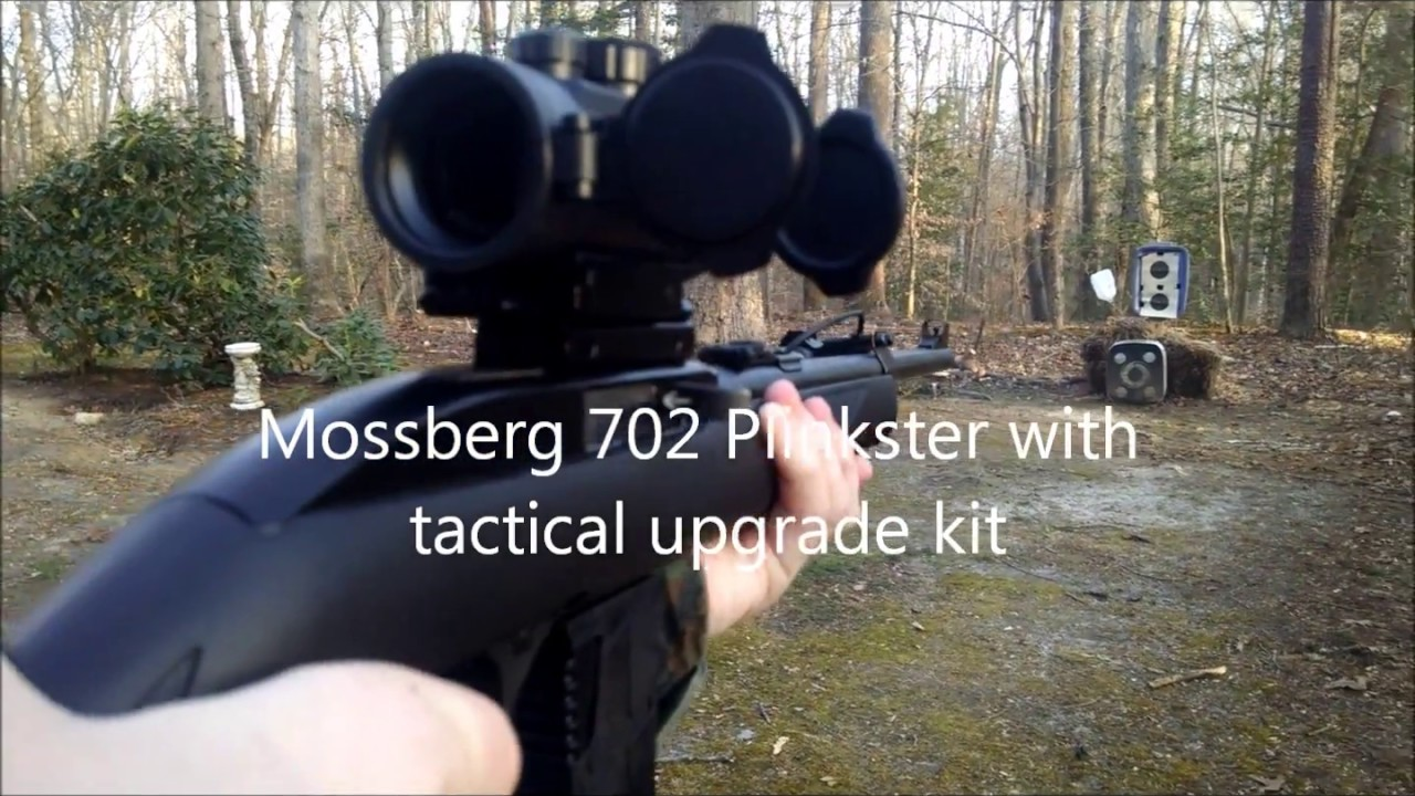 Mossberg 702 Plinkster 22 lr With 25 Round Mag - Green Tactical Hunting  Light