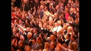 Andre Rieu   D  J  Otzi sings Life is Life and Anton aus Tirol 5)