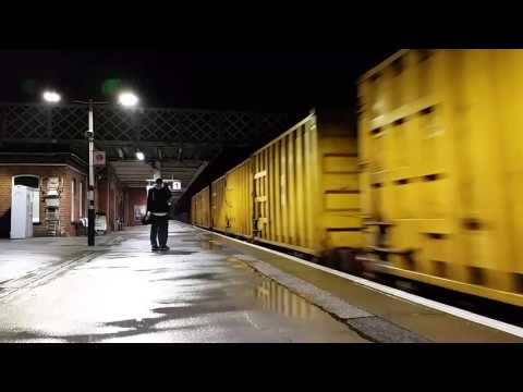 Doncaster Station (Night) 29/10/15 Classes 43/47/66/67/91/DR