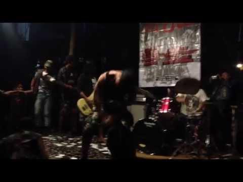 Muntah Darah - Jago Kandang  (Human Chaos Song Cover)