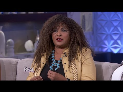 Pam Grier Owns Her Sexuality!