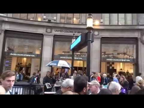 Destination Shop-till-you-drop: Charing Cross to Oxford Circus on  London Underground 2015-08-24