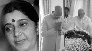 Watch People who Sushma Swaraj rescued from distress pay tributes