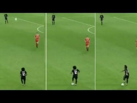 Watch Amazing Marcello football controls 🆚 Bayern Munich