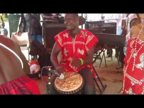 Ayawaso Manshishi Kweloi cultural group (Ghana) - kpanlogo medley