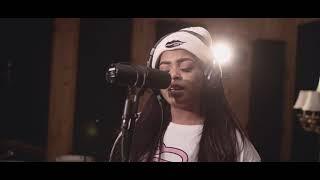 From her debut album rosegold, shekhinah performs please mr listen to the album: https://sonymusicafrica.lnk.to/rg follow shekhinah: instagram: http://www.in...