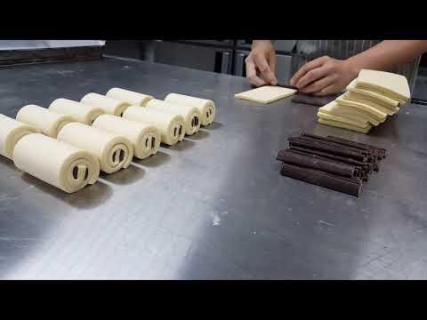 Façonnage du Pain au chocolat